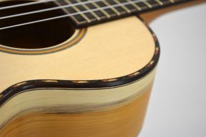 MG-Guitars Ukulele Fichte/Eibe